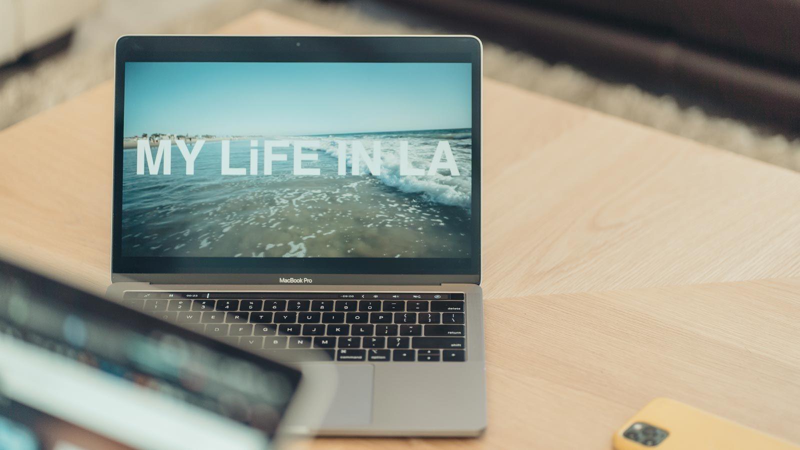 Vlog(ブイログ)とは? 動画で自分の「生きた証」を残す新ムーブメント|大川優介