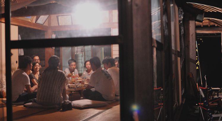 塾生宅にて食事会の様子